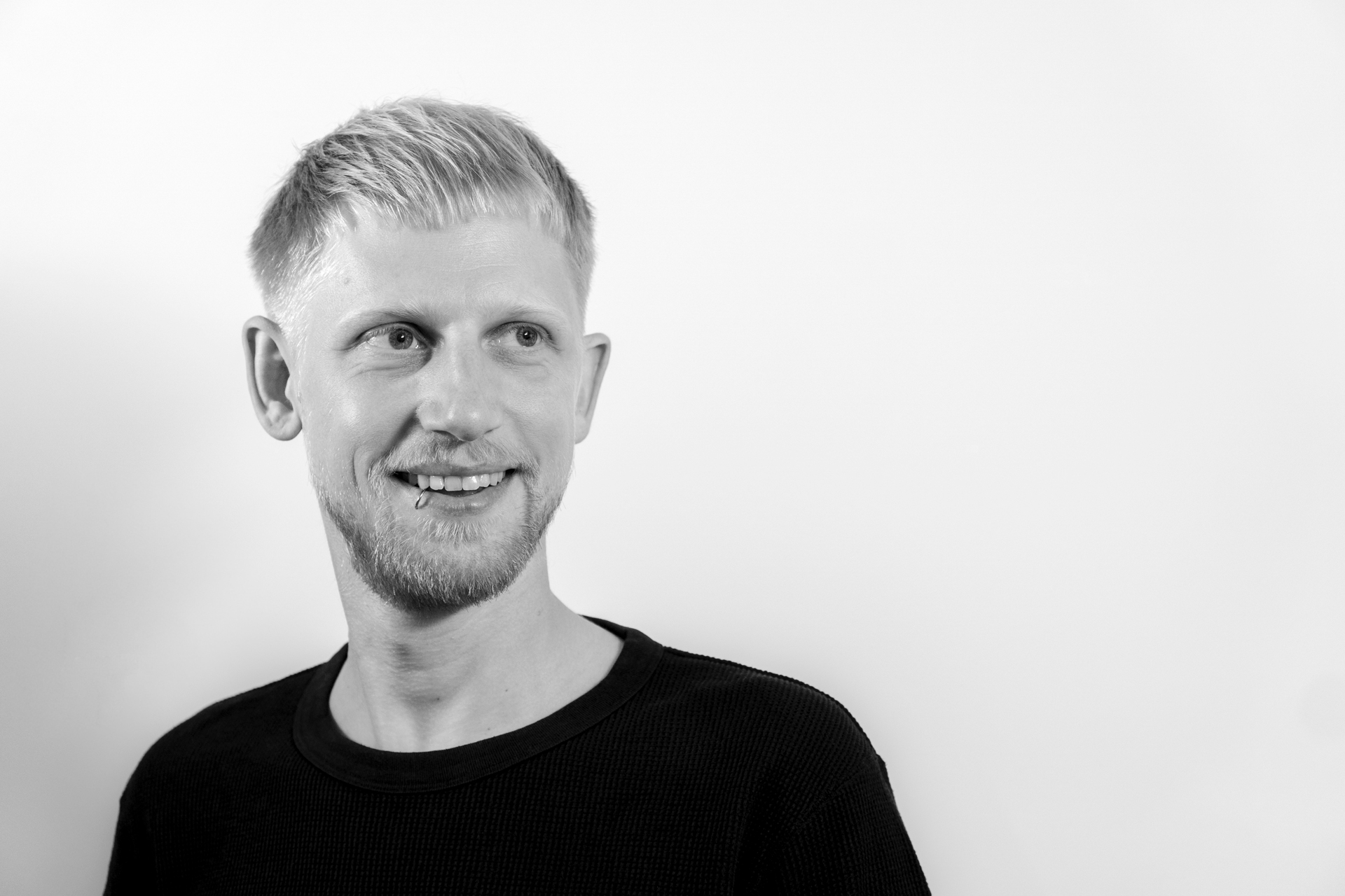 Steffen Hörbrand - Motion Designer and Art Direction